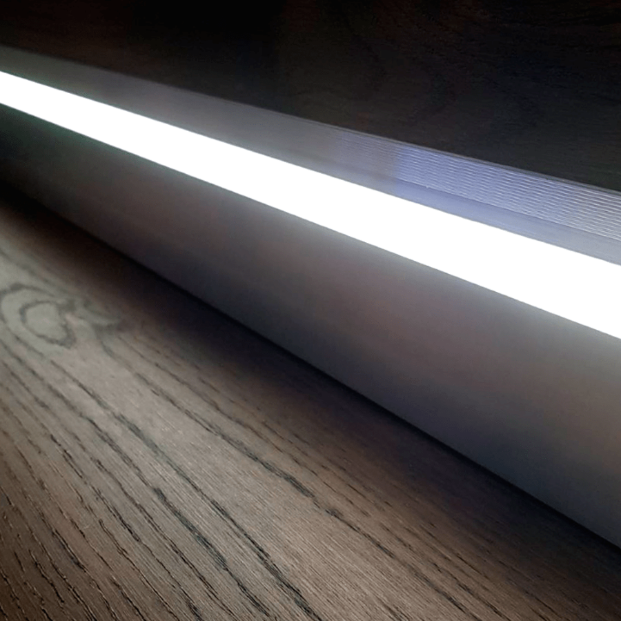 LED плинтус скрытого монтажа
