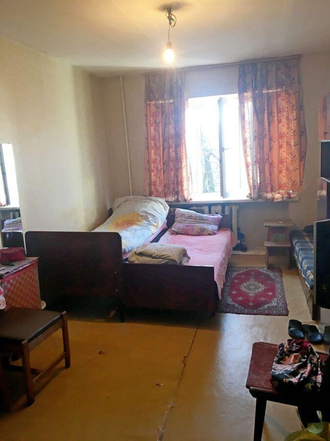 Срочно продам большую комнату в общежитии