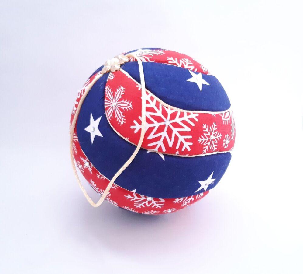 Новогодний шар Кимекоми. Елочная игрушка ручной работы от мастера. VIP