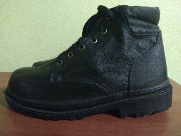 Рабочие ботинки