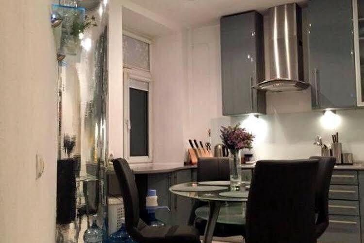 Идеальная 3-х комнатная 86 м.кв. в сталинке. Ремонт, мебель, техника.