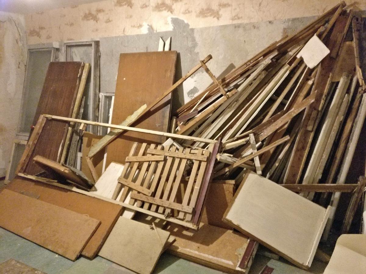 Вывоз бытового мусора и хлама старой мебели