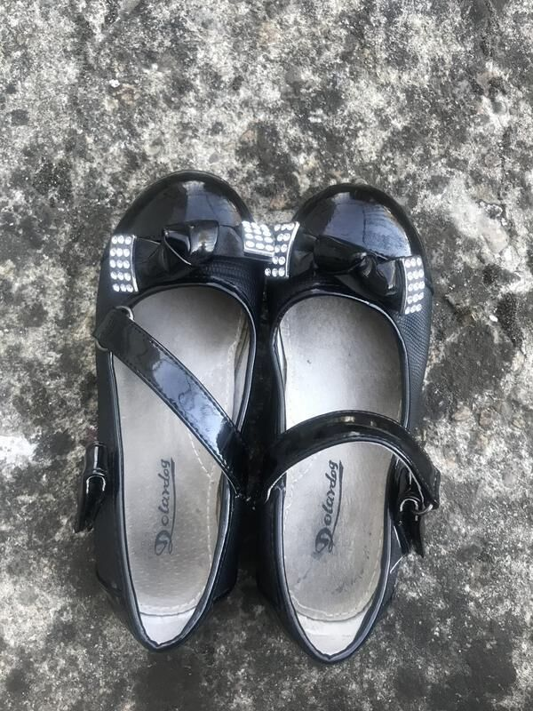 Лаковые туфельки для девочки 28 размер