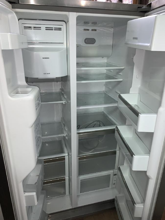 Холодильник BEKO - side by side.