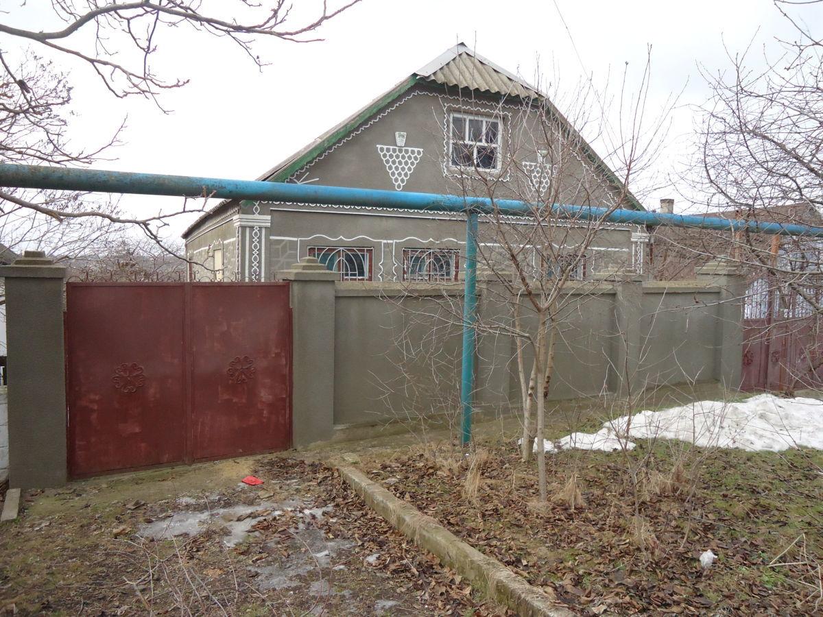 Продам два дома на одном участке в с. Великий Дальник