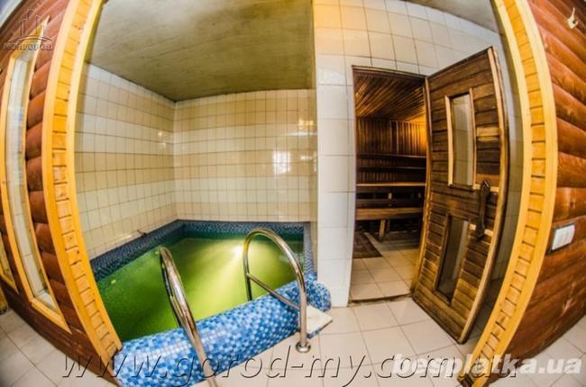 Оздоровительно-банный комплекс 440 кв.м. в Апостоловском районе.