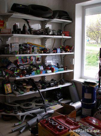Фото 2 - Торговые стеллажи для автомагазинов