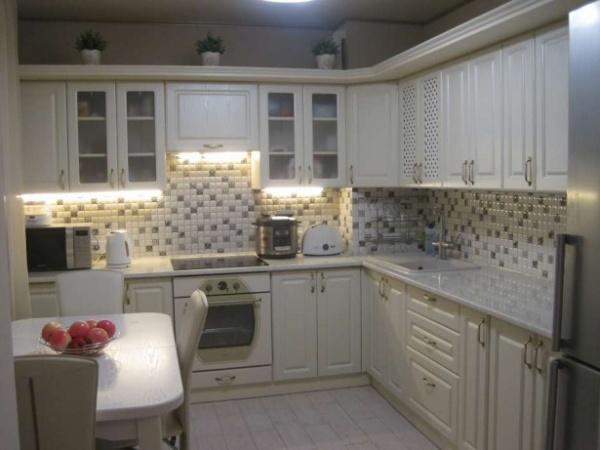 Продам красивую квартиру с евроремонтом в новострое на Гагарина!