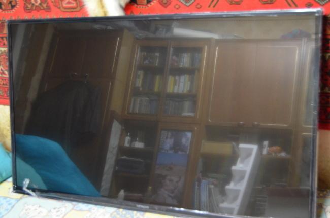 Фото - Телевизор HITACHI 43HBT42 LED SMART FullHD!
