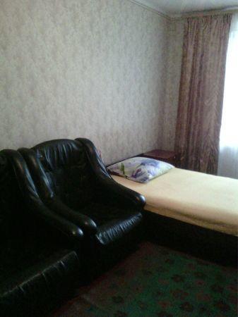 двух-комнатная квартира посуточно не дорого