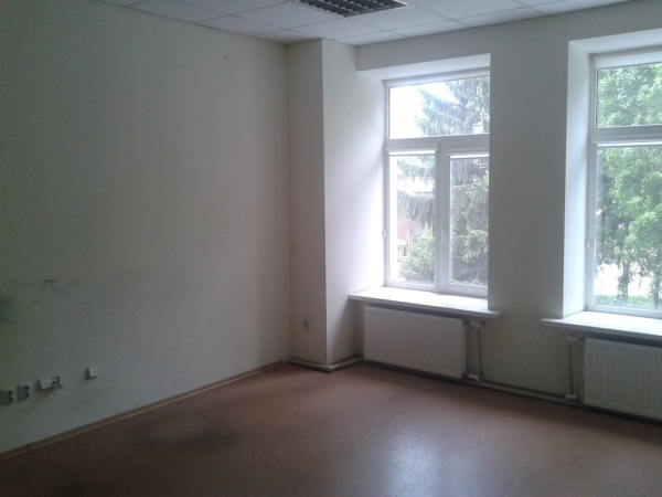 Продажа отличного  помещения в коминтерновском районе