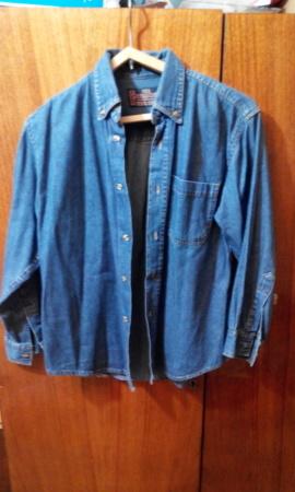 0d4fef108d8 Купить сейчас - Продам мужскую джинсовую рубашку на подростка ...