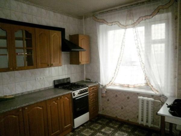 Фото - Дешевая 3к.квартира возле метро Студенческая в 16-ти этажном доме!