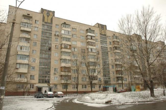 Фото - 4 комн, Киев, Воскресенка, Ватутина , 4эт , 65000уе
