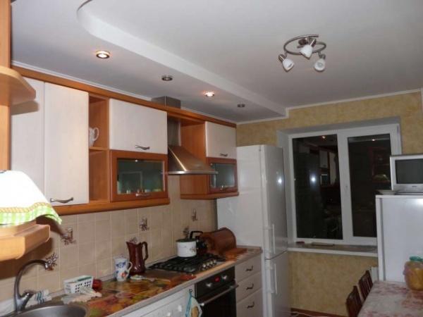 !!!СРОЧНО!!!Продам 3 комнатную квартиру на Тополе.