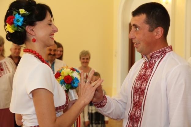 Відео та фотозйомка весіль.Весільний оператор.Фотограф на весілля.