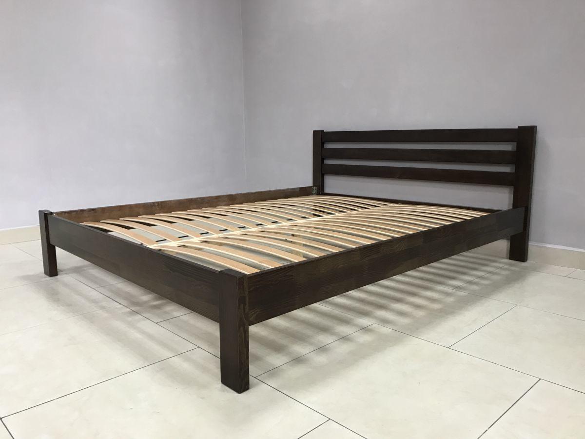Ліжка дерев'яні та матраци