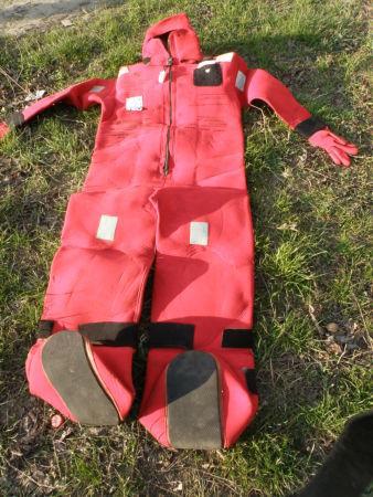 Фото - Гидро-костюм спасательный для взрослого производство США.