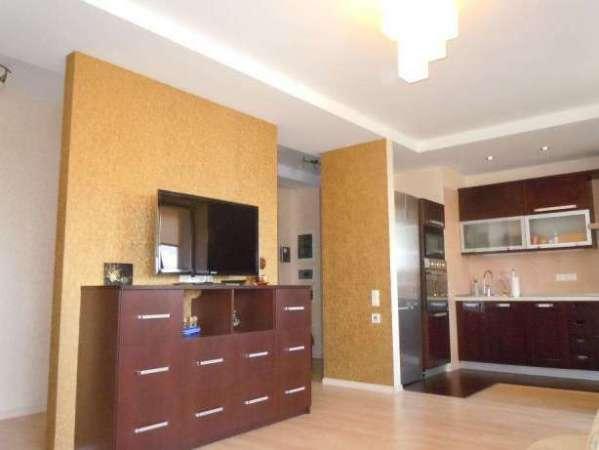 Продажа трехкомнатной квартиры в новострое на Гагарина ЖС-2