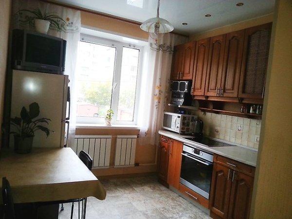 Срочно продам трехкомнатную квартиру с евроремонтом на Салтовке!