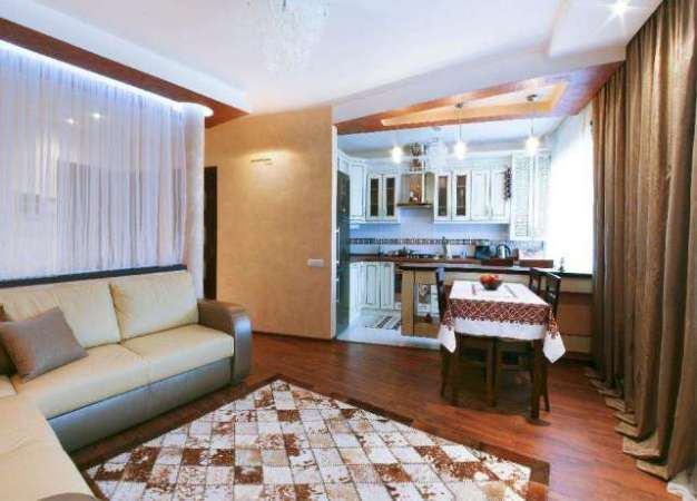3-х кімнатна квартира з дизайнерським ремонтом в елітній новобудові