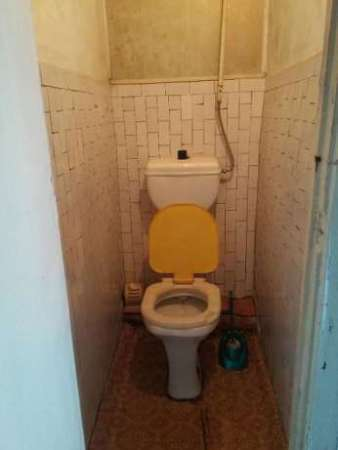 Продам 2 комнаты в общежитии (р-н ЖБИ) или сдам - 1500грн