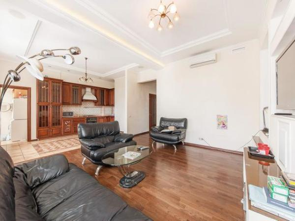 Продам 3 комнатную квартиру премиум класса в центре