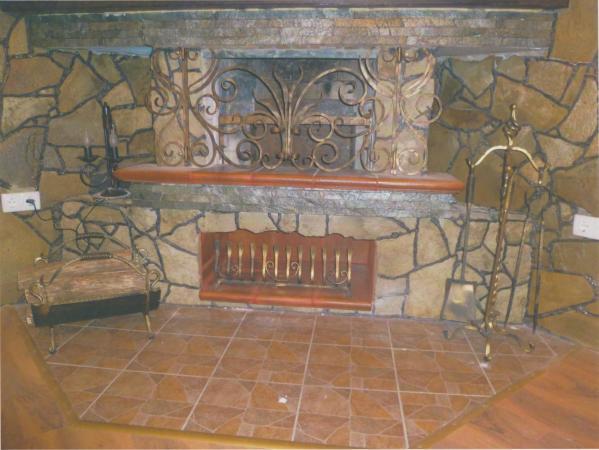 Фото 6 - Решетка на камин