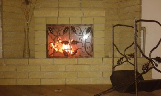 Фото 5 - Решетка на камин