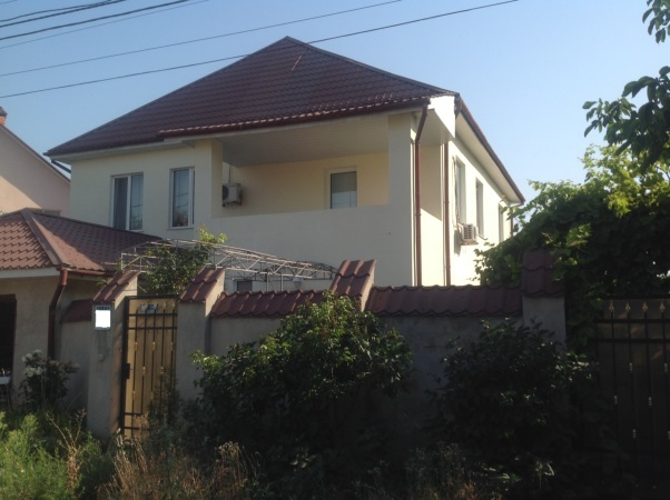 2-х этажный дом после евроремонта с участком 10 соток в Царском селе
