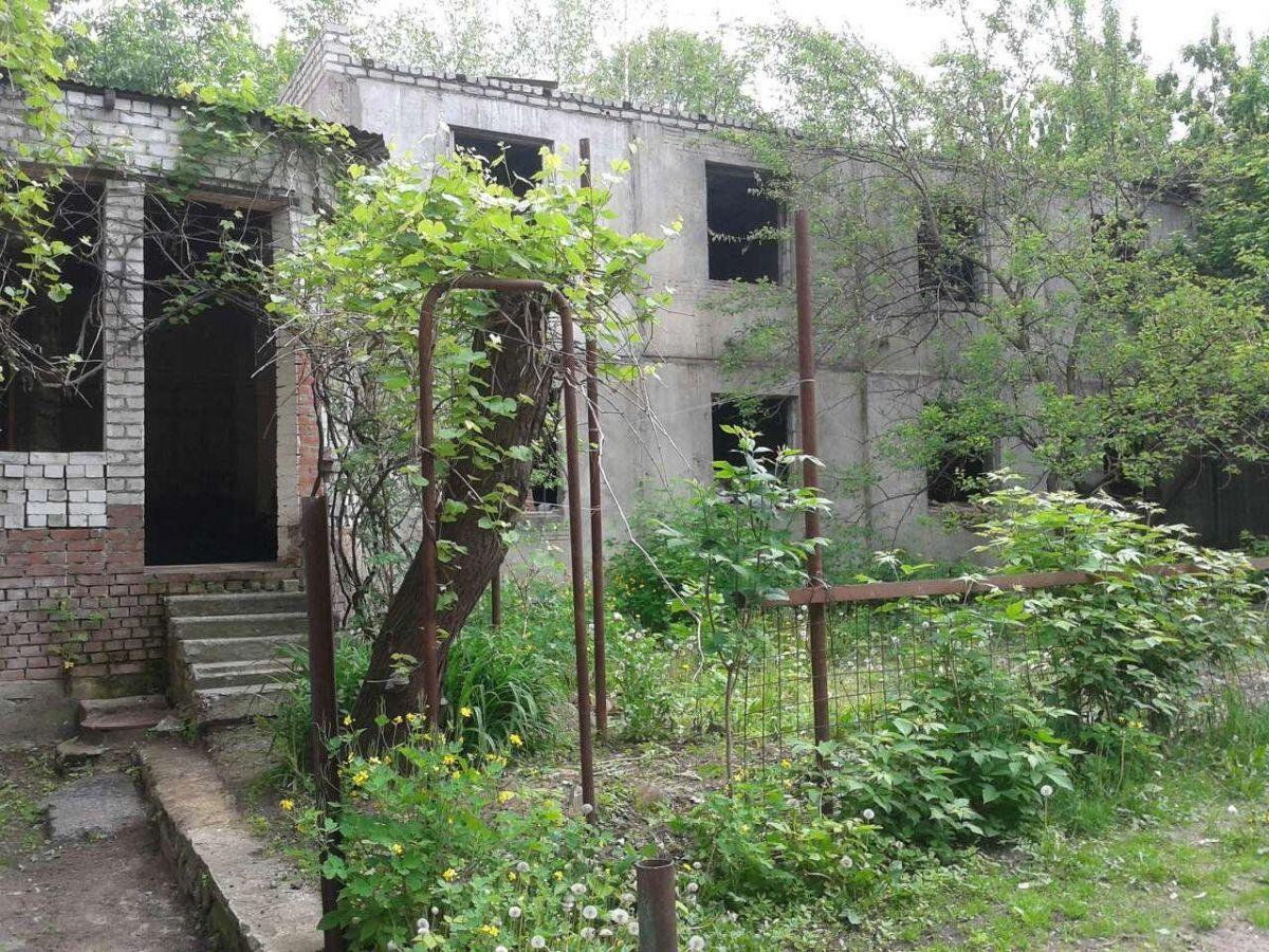Продам отдельно стоящее здание,в строительном состоянии