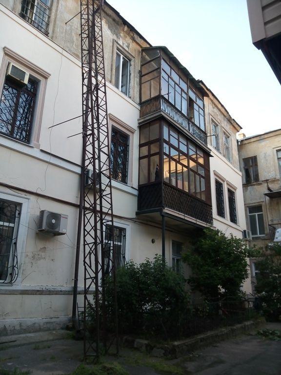 Квартира Двух комнатная в Приморском районе в Центре.