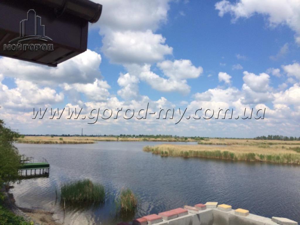Продам дом 150 кв.м. на берегу судоходной реки Самара в Новоселовке