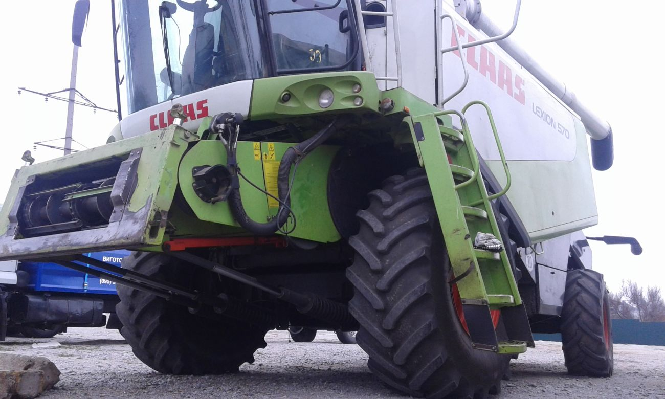 Комбайн CLAAS Lexsion 570