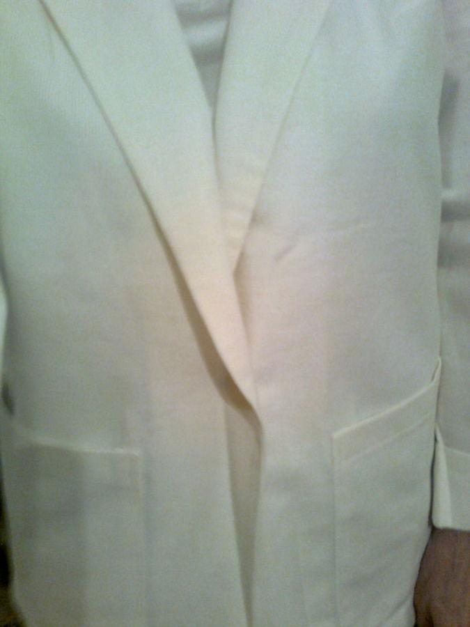 Фото - Красивый белый пиджак с двумя карманами, Чехия Новый