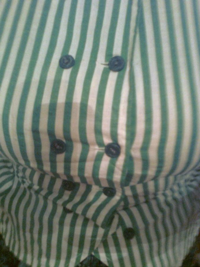 Фото 4 - Нарядная кофта в зеленую полоску на пуговицах, сзади -пояс,х/б.Новая