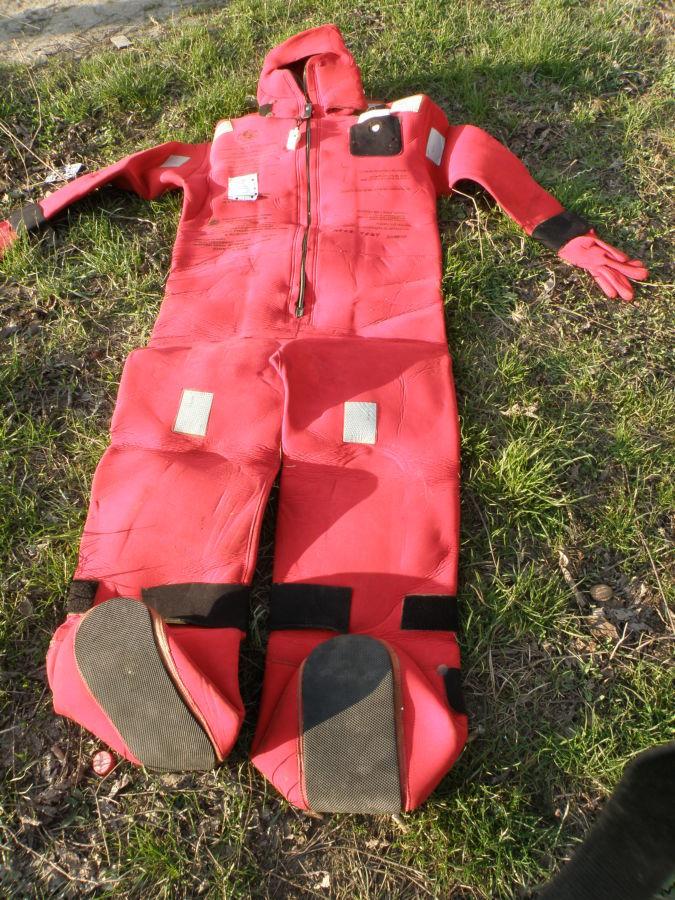 Фото - Спасательные средства для судов и катеров