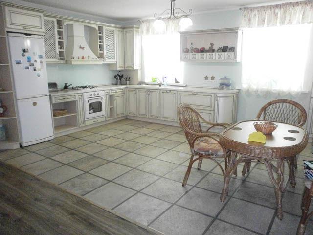 Дом 240 кв.м 2014г. п.Видный, г. Луганск