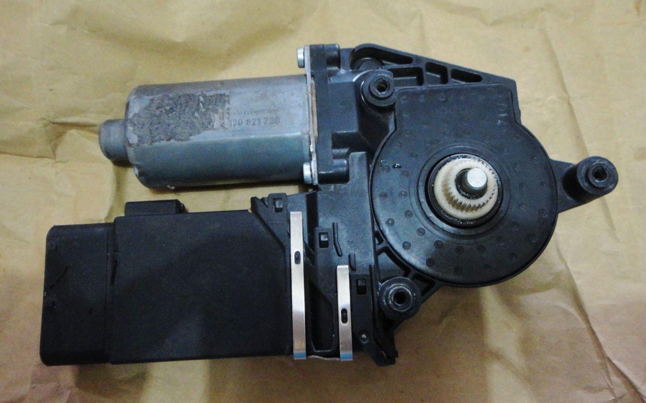 Фото - Электростеклоподъёмник двери  на Skoda, Audi, VW, Seat