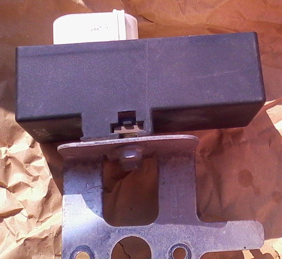 Фото 2 - Блок управления вентиляторомна Skoda Fabia, VW, Audi, Seat