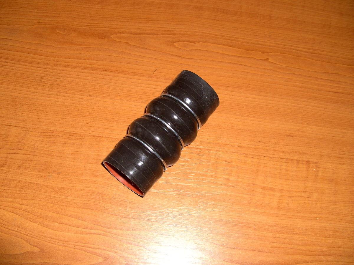 Фото - Патрубок радиатора интеркуллера Ford Connect