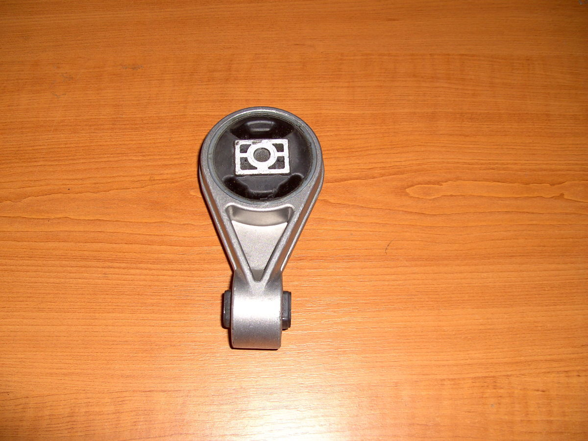 Фото 3 - Подушка коробки,крепление двигателя (8-ка) Ford Connect