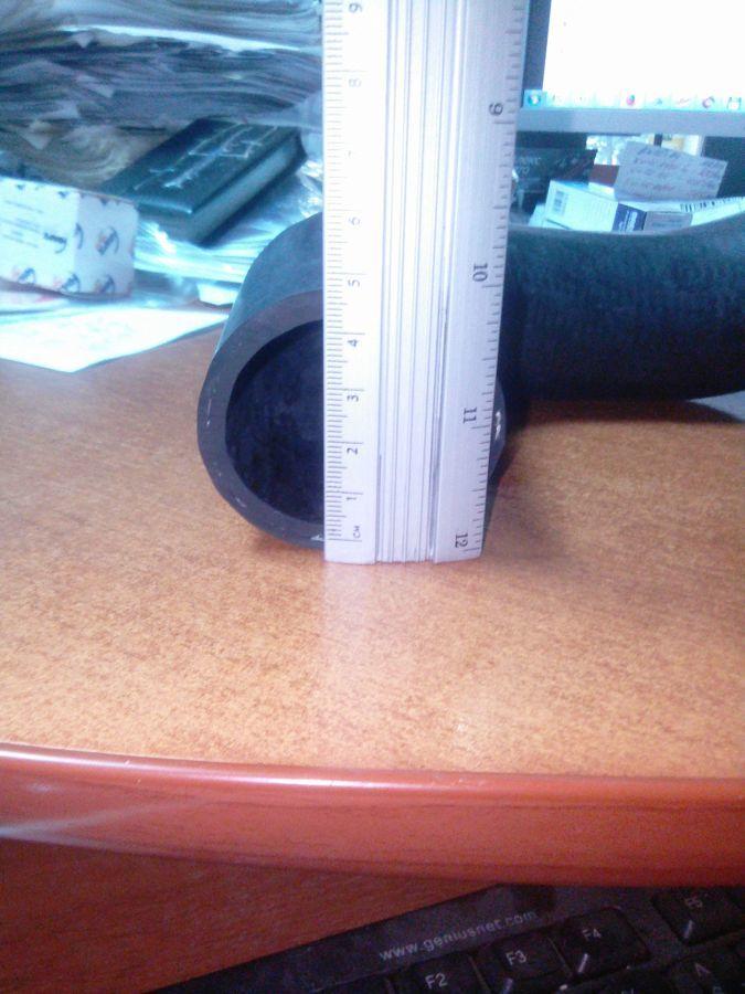 Фото 8 - Патрубок интеркуллера (возле топл.фильтра) Ford Connect