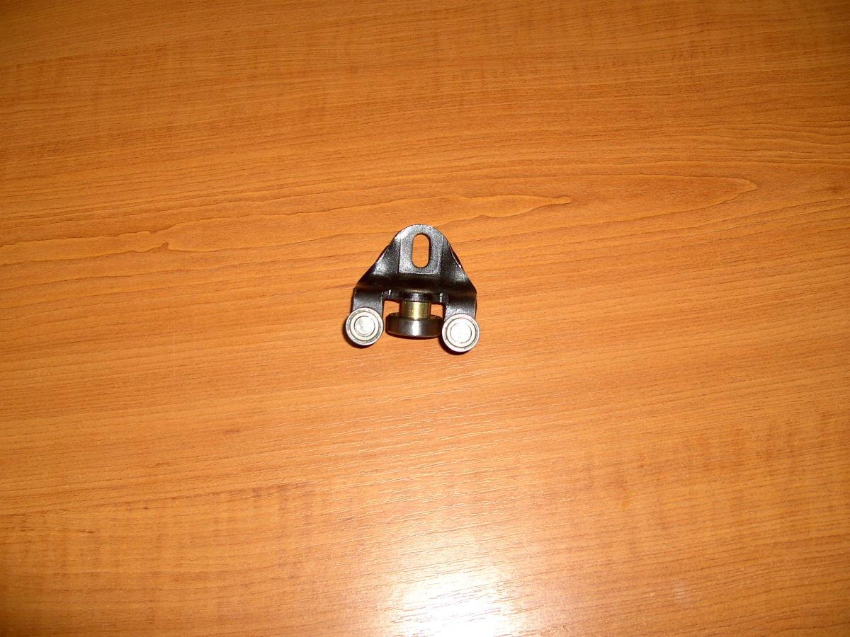 Фото 6 - Ролик выдвижной двери Ford Connect