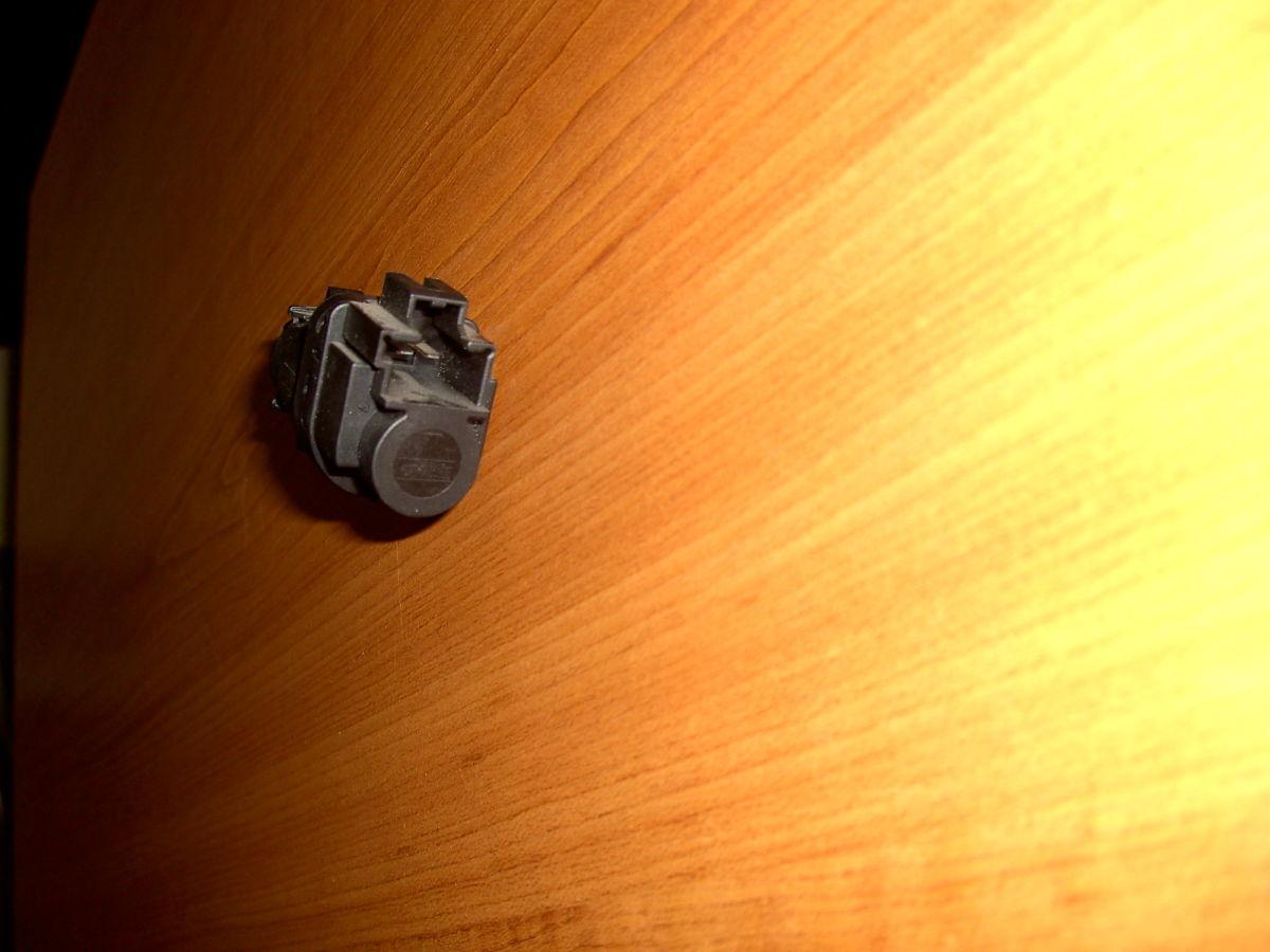Фото - Датчик стопа на педали (лягушка) Ford Connect