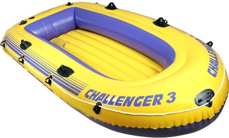 Трехместная надувная лодка INTEX.