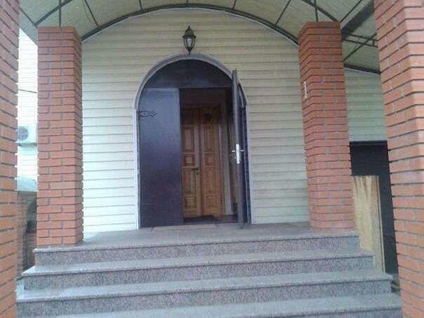 Продам шикарный дом в Каменной Яруге 320 кв. м.