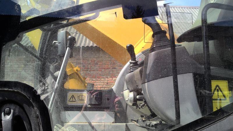 Фото 6 - Продаем гусеничный экскаватор JCB JS 330 LC, 2,2 м3, 2008 г.в.