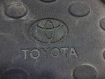 Фото 2 - Коврики салона Toyota Avensis