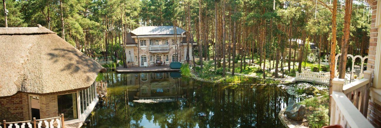 Продаётся домовладение в живописном месте с.Песчанка, ул.Садовая.